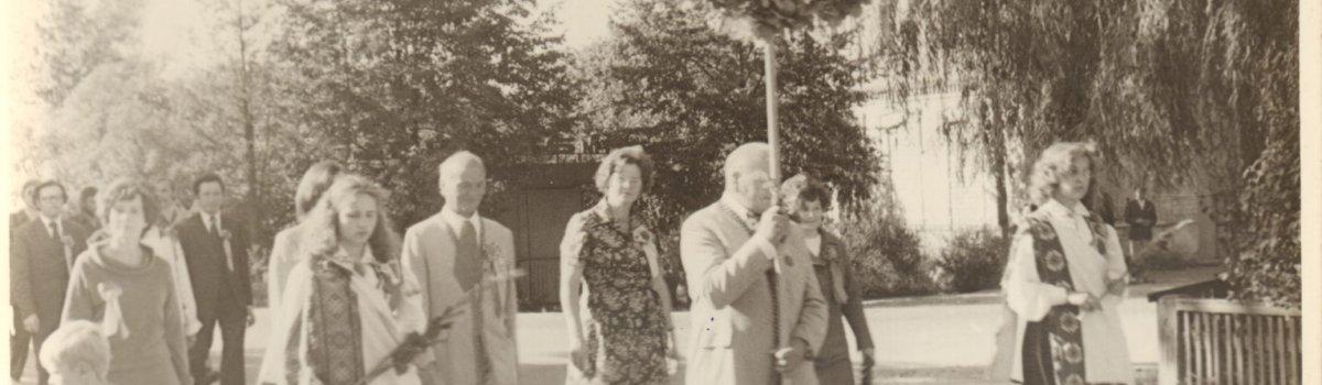 Salaspils dziedāšanas biedrības 100 gadu jubilejas gājiens