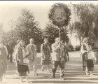 Salaspils Dziedāšanas biedrības 100 gadu jubilejas gājiens.1979.g. 1.sept. (No I.Vagules fotokolekcijas)